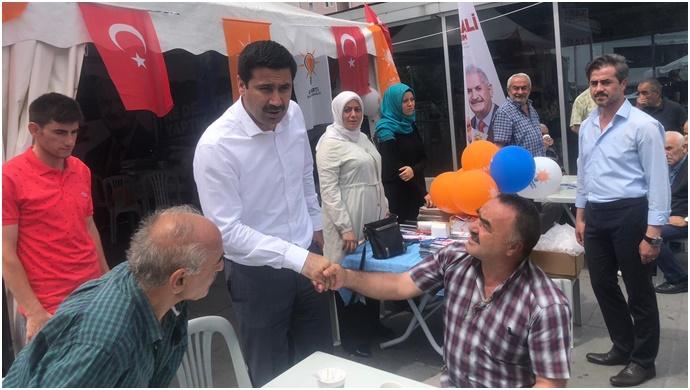 Vekil Yıldız İstanbul'da Halk ve Esnaf Ziyaretlerinde.