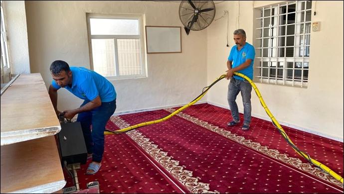 Viranşehir Belediyesi Cami Temizliğine Devam Ediyor