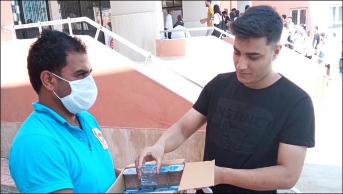 Viranşehir Belediyesi YKS öncesi öğrencileri yalnız bırakmadı