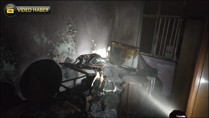 Yeşildirek'te elektrik kontağından çıkan yangın evi küle çevirdi