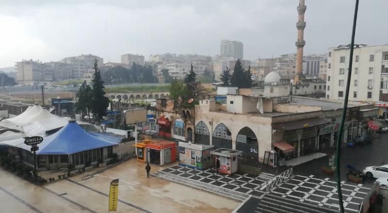 Şanlıurfa'da önce yağmur, ardından dolu, sonra da güneş! (VİDEO)